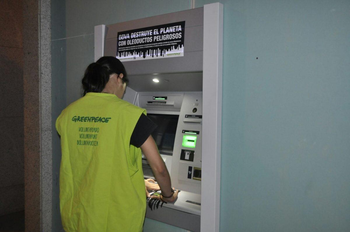 Actividad en cajeros de BBVA en Almería