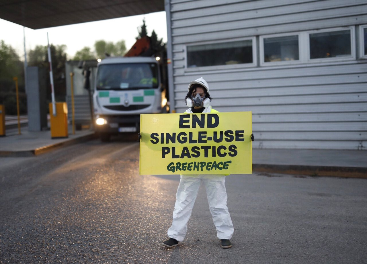 Acción contra el plástico en Valdemingómez