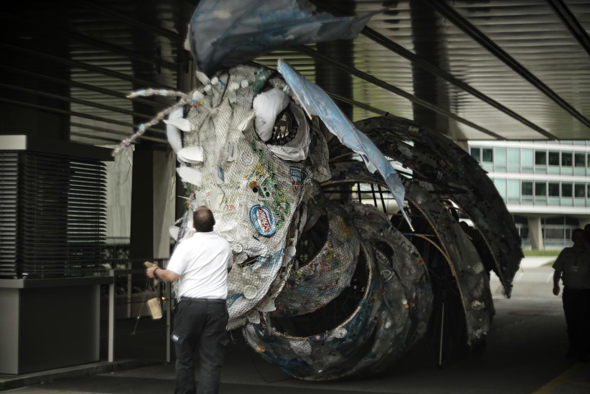 Monstruo de plástico Nestlé