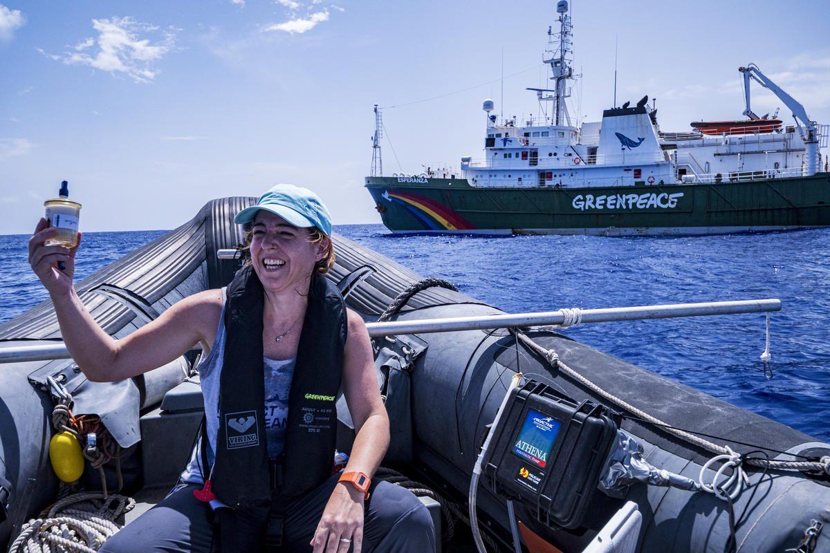 Durante la expedición en el mar de los Sargazos.