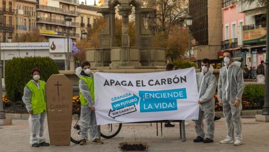 Acción Greenpeace apaga el carbón