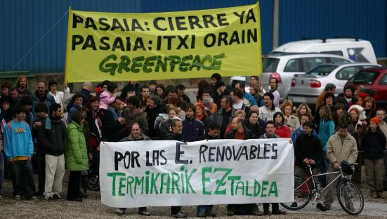 manifestación cierre térmica Pasaia