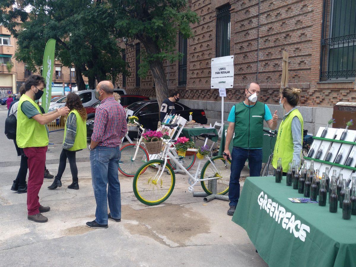 Voluntarios en las calles de Leganés durante la Semana de la Movilidad
