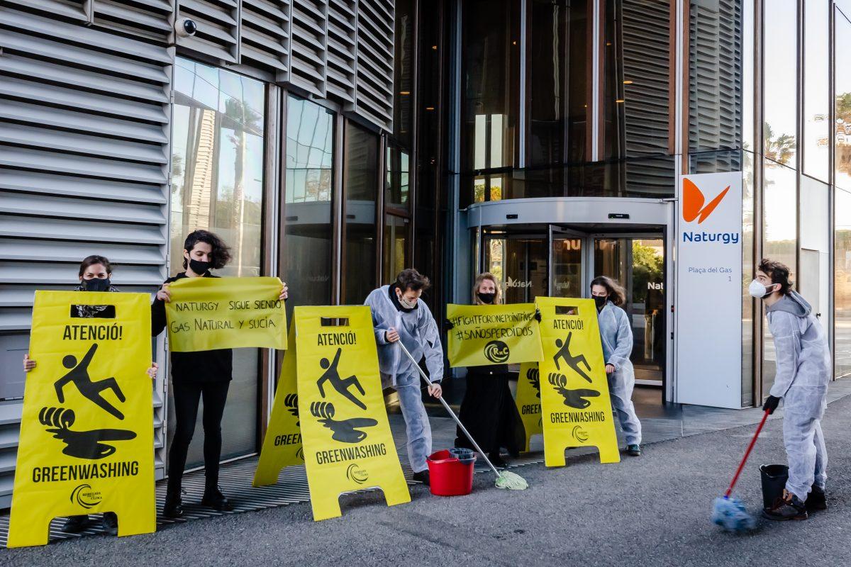 Protesta en Barcelona contra Naturgy