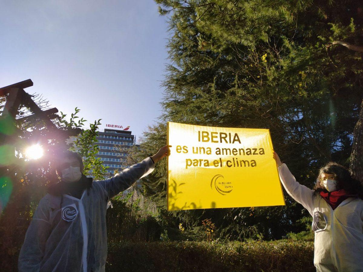 Protesta ante Iberia en Madrid