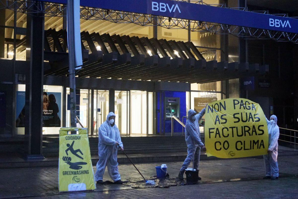Protesta en BBVA en Pontevedra