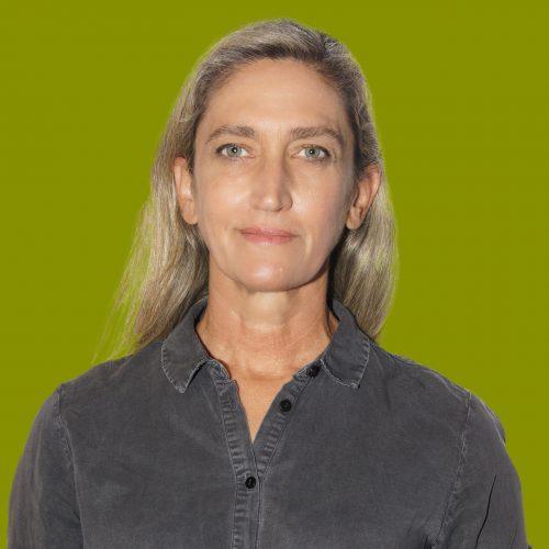 María Villanueva Vico, tesorera