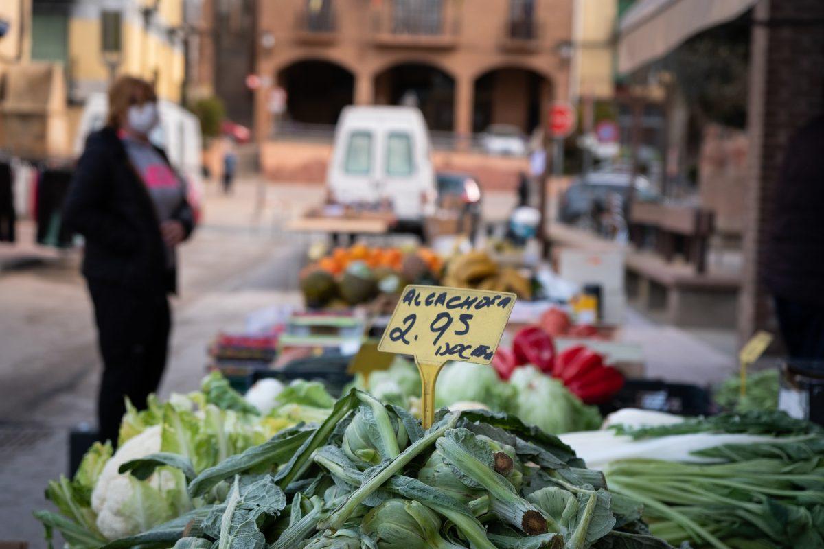 Mercado al aire libre en Quel, La Rioja